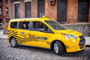 Какой авто лучше купить для такси 2017